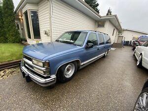 1993 suburban