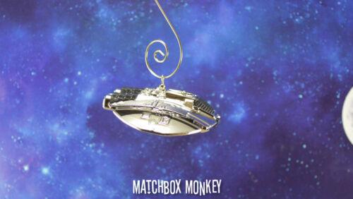 Rare Battlestar Galactica Cylon Raider Spaceship Custom Ornement Noël Viper
