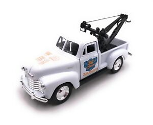 Model-Car-Chevrolet-Tow-Truck-Pic-Up-White-Car-Scale-1-3-4-39-Licensed