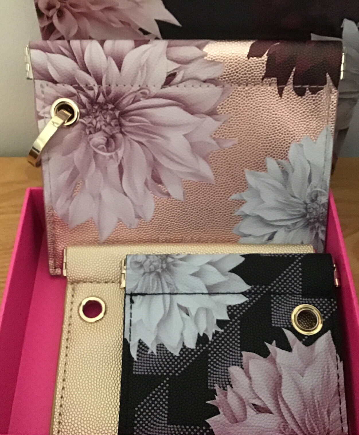 New Ted Baker pouches Jewellery money clove print black rose gold floral Set