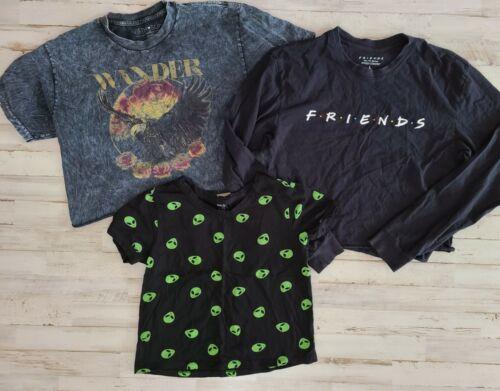Junior Tops Lot Grunge 90s Friends Alien Crop Tops