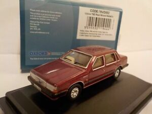 Model-Car-Volvo-760-Red-1-76-New