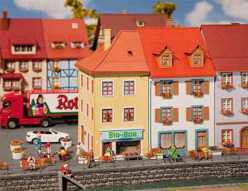 Faller H0 130496 2 Kleinstadthäuser NEU//OVP