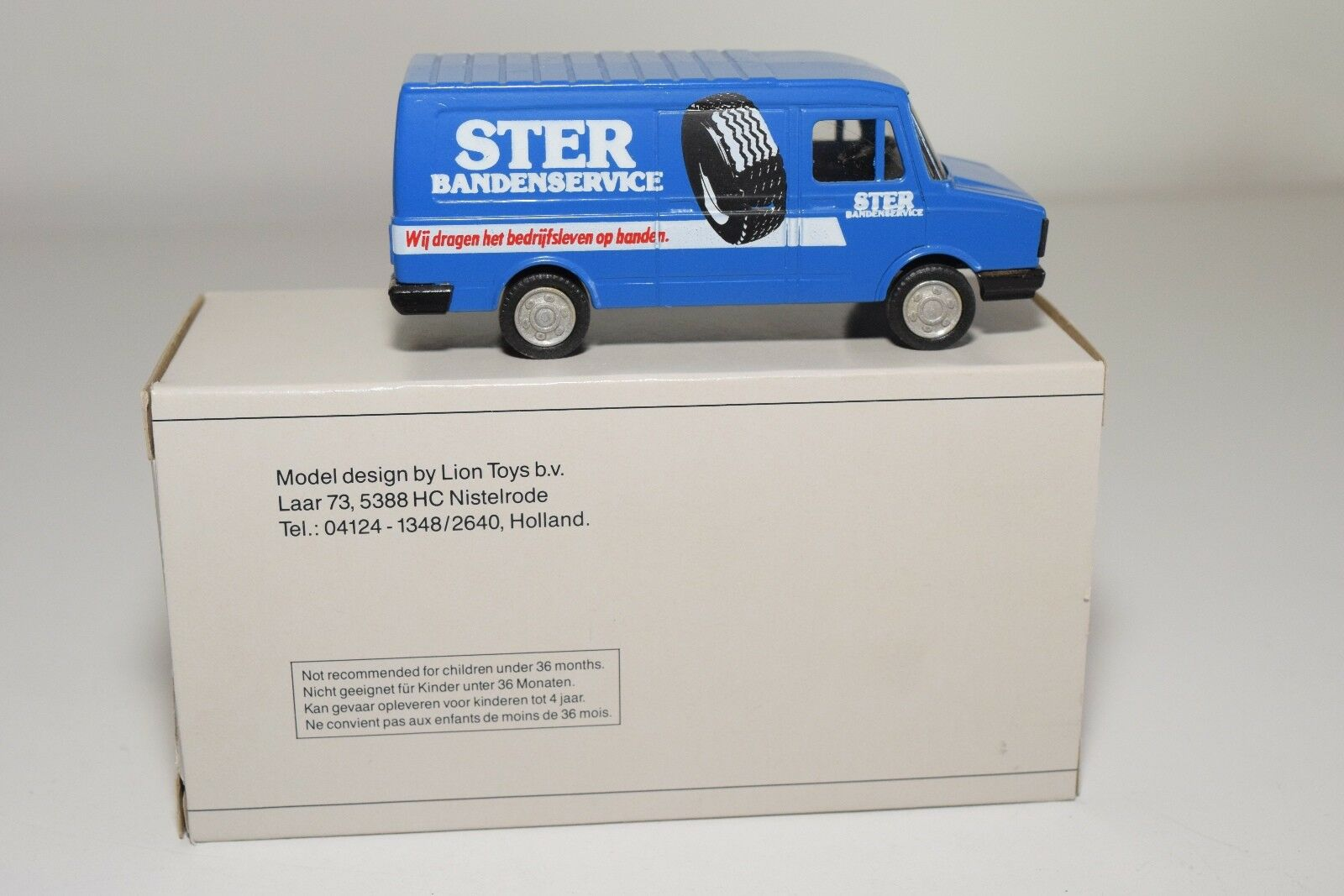 ± LION CAR DAF 400 400 400 BUS VAN STER BANDENSERVICE VERY NEAR MINT BOXED 294eed
