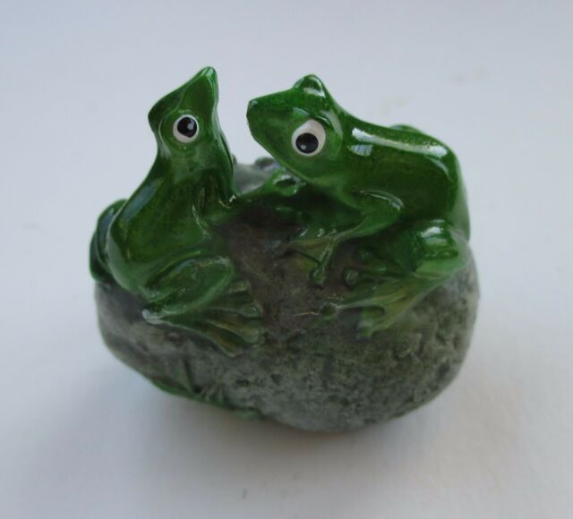 Home Garden Decor Frog On Motorcycle Polystone Figurine Frogs Decoration Germany