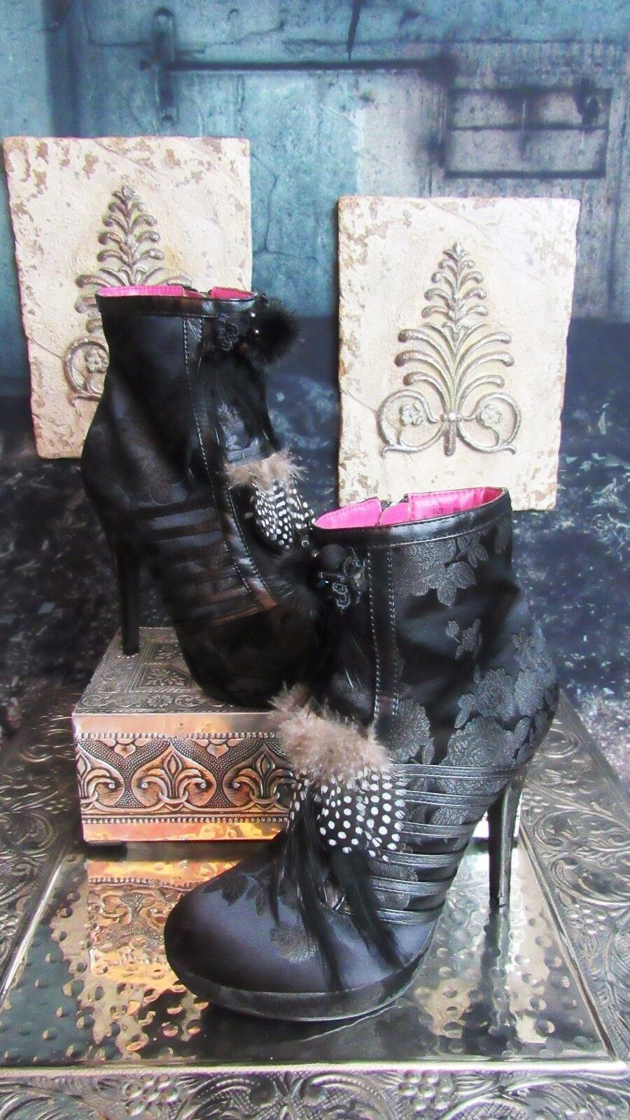 Two Lips  Artisan  Platform Floral & Feather Embellished Boots. Size 8. So Cute
