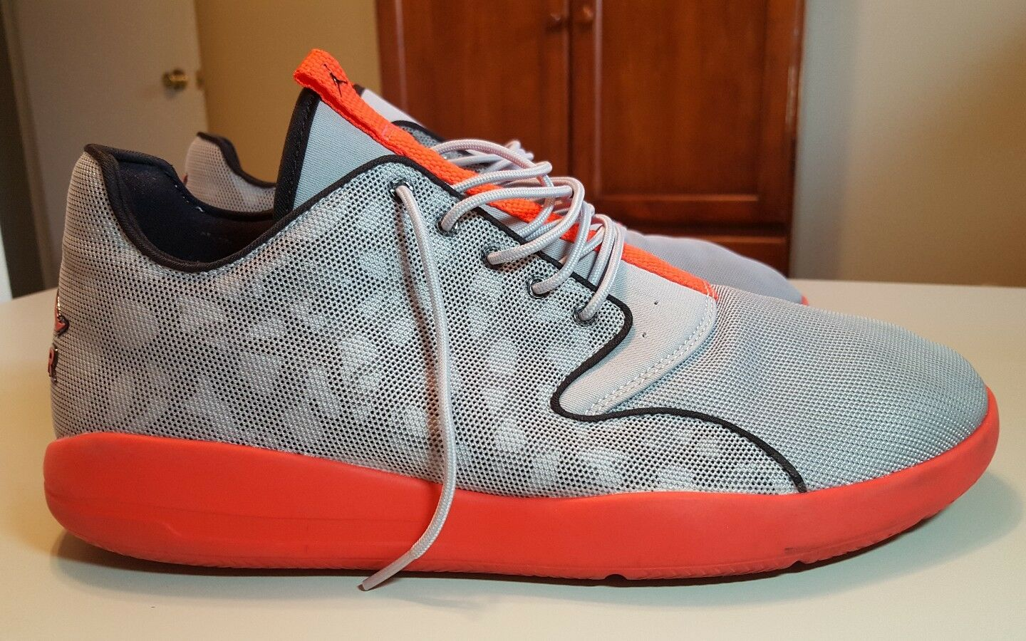 Nike Air Jordan Eclipse, 724010-006, Men's Running Shoes, Wolf Gray/Red, Comfortable