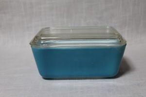 Vtg Pyrex Refrigerator Dish 502-B w/Lid 502-C Aqua Blue & White