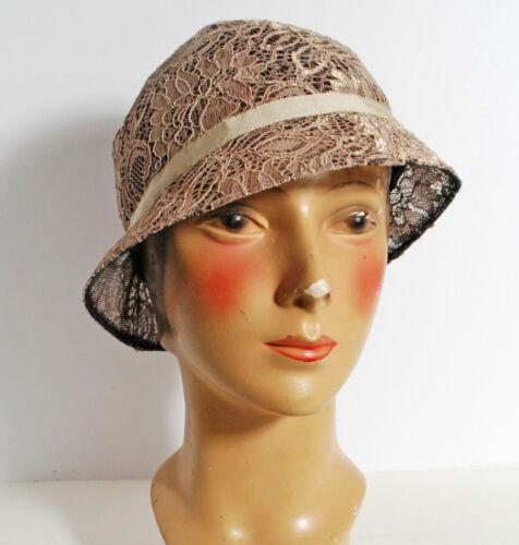 Designer Patricia Underwood Champagne Lace Cloch… - image 1