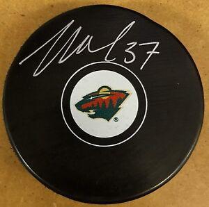 Wes-Walz-Autographed-Minnesota-Wild-Logo-Puck-Signed-Hockey-Auto