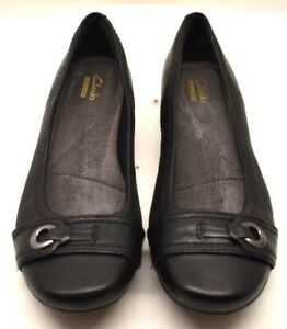 b6e1a5ac4f Clarks Shoes Collection Women's Black US Size 7 - FREE SHIPPING ...