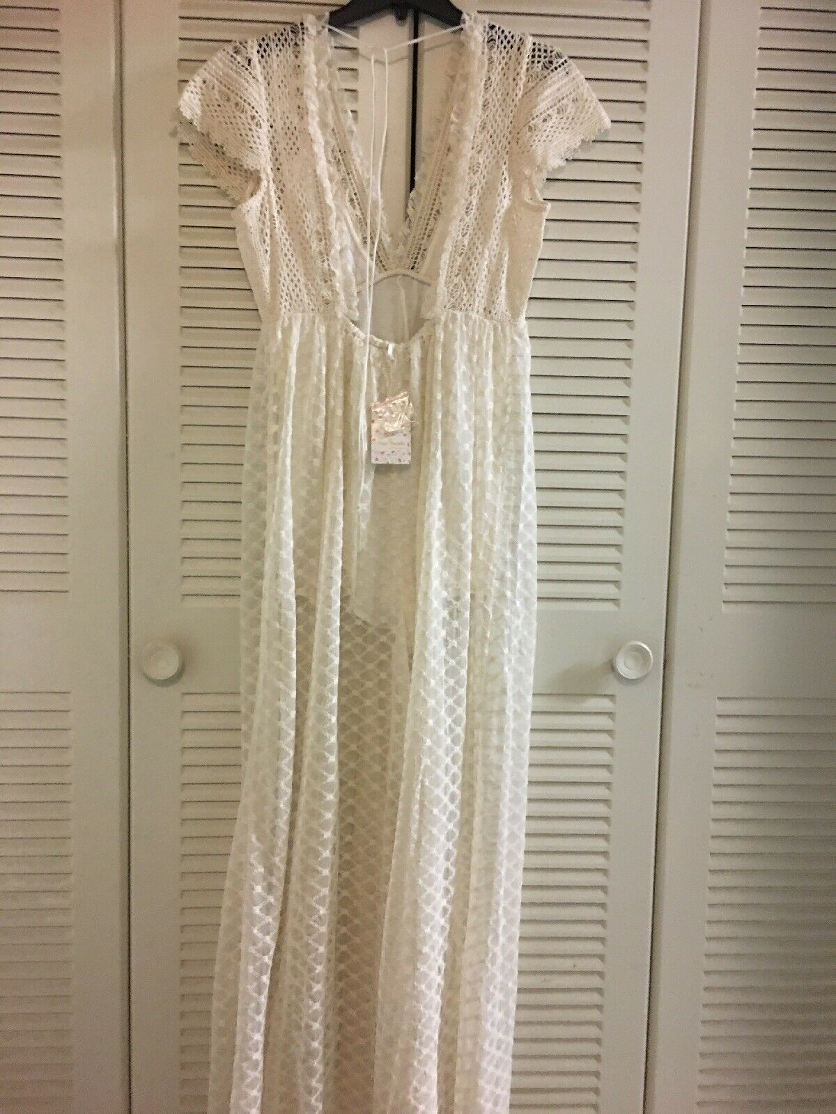 NWT Free People Chleo Jumpsuit Lace Embroiderot Cream Weiß Romantic M