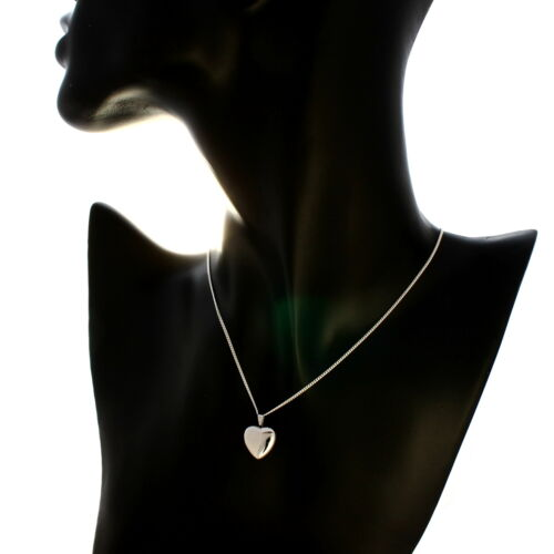 """MADE IN UK CHILDRENS STERLING SILVER HEART LOCKET PENDANT WITH 16/"""" CHAIN"""
