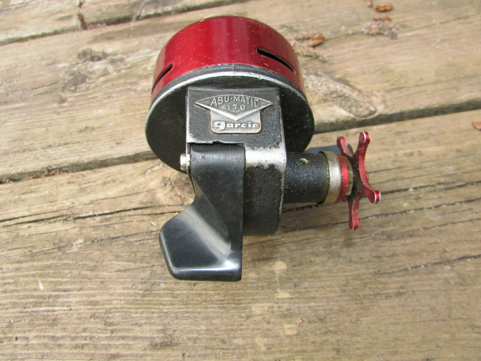 Vintage Fishing Reel ABU-MATIC 170 Garcia  Red Casting Reel Functions Sweden  for wholesale