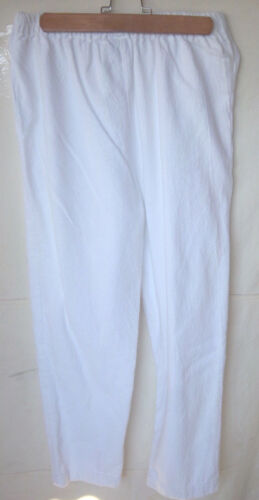 ALFREDO'S WIFE - Women's White Cropped Casual Pant
