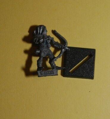 GW Citadel Warhammer Aelf RRD4 Skarloc/'s Wood Elf Archers Trooper A Bow 7 1987