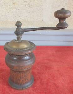 Mill-Pepper-Spices-Wood-Period-18eme-19eme-Pepper-Spice-Mill