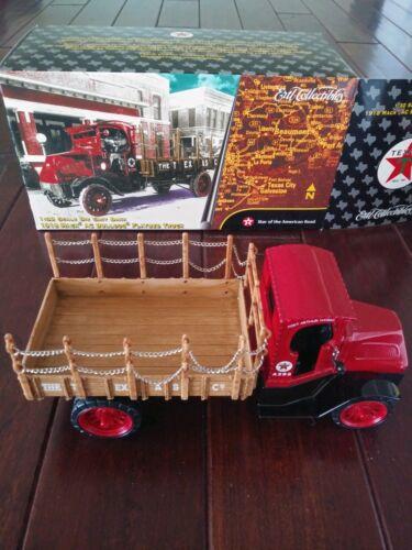 Brand New Ertl 1918 Texaco Mack AC Bulldog Flatbed Truck Collectable Bank