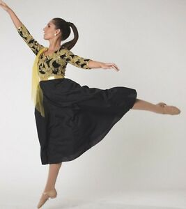 099fb0e68 NWT GOLD Glittered dress Showchoir Praise Dance 3 4 Sleeve Ladies ...