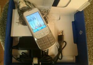 Nokia-6303i-White-Silber-Ohne-Simlock-Neuwertig