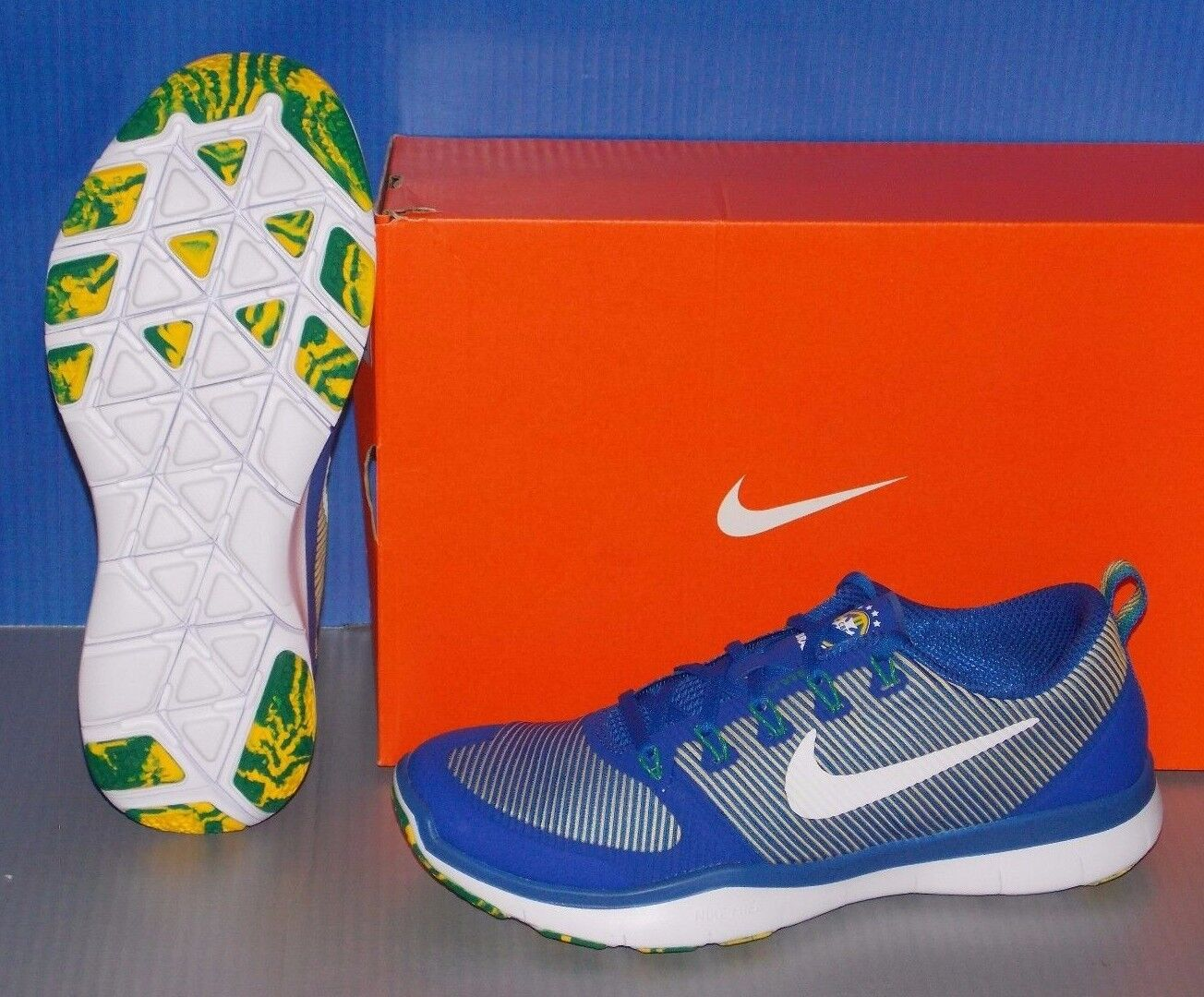 fe5bc6c97f7b ... MENS NIKE FREE TR VERSATILITY AMP in in in colors ROYAL WHITE MAZE GRN  SIZE 9 ...