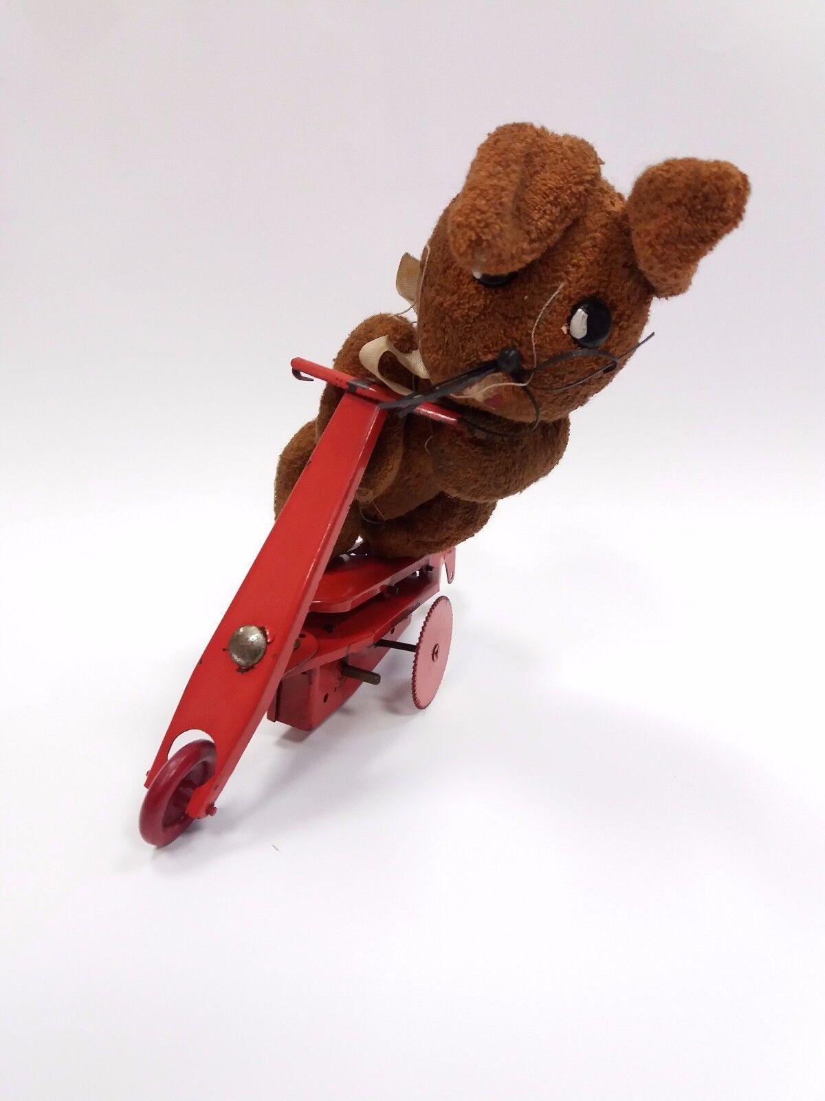 Antiguo Cuerda Mecanismo De Estaño Juguete Triciclo Scouter Conejo De Peluche