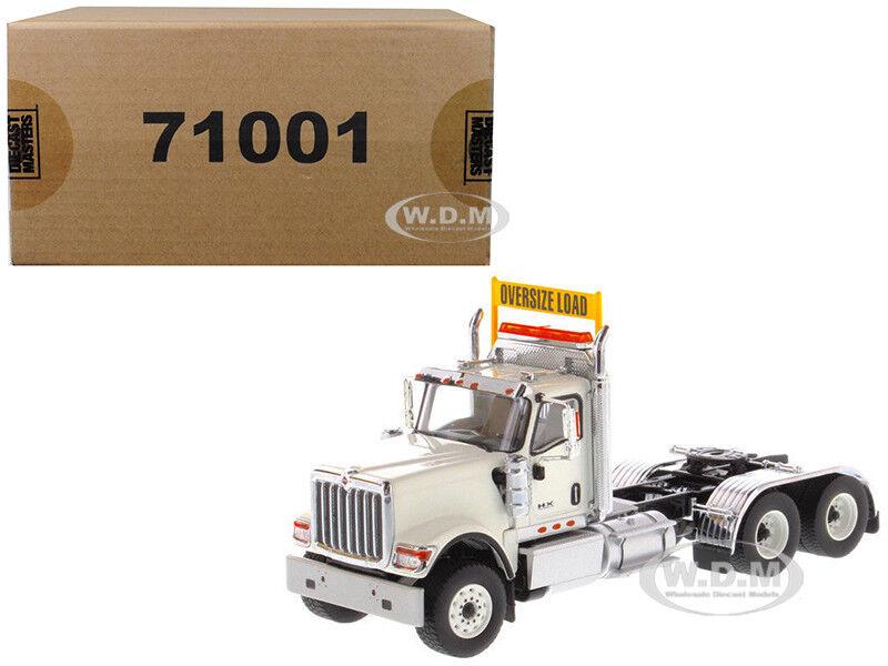 Día Internacional HX520 cabina en tándem Tractor blancoo 1 50 por 71001 maestros Diecast