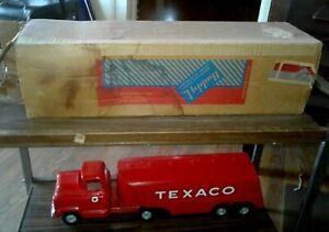 VINTAGE 1950'S BUDDY L PRESSED STEEL GMC TEXACO TOY TANKER TRUCK W/ORIGINAL BOX