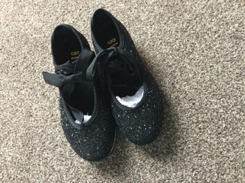 Zapato GRLS Bloch Negro Brillo grifo del talón y puntera grifos Ajustada Talla 13 Nuevos Y En Caja