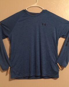 NWT>>Men's Under Armour Lightweight Shirt>>Size L>Long Sleeve>>Moistu<wbr/>re Wicking
