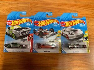 Hotwheels-ZAMAC-Indy-500-Custom-67-Pontiac-Firebird-amp-Corvette-C7R-Lot-of-3