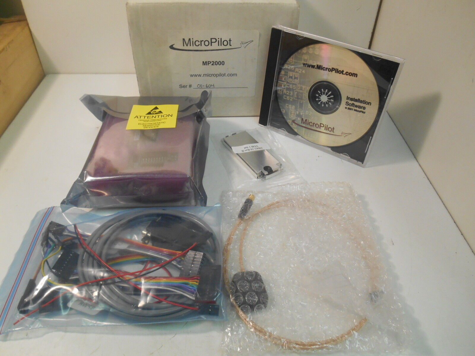 NIB MicroPilot MP2000 Autopilot w  Hardware & Software