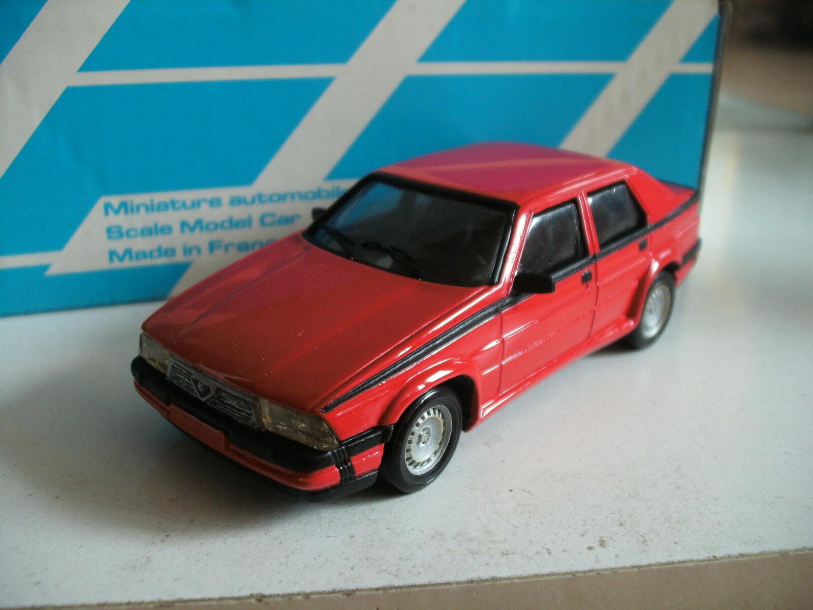 almacén al por mayor Alezan Handbuilt Handbuilt Handbuilt model Alfa Romeo 75 V6 America in rojo on 1 43 in box  la mejor selección de