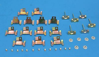 Upper /& Lower Clips 59 60 NEW 1959-1960 Chevy Windshield Molding Clip Set