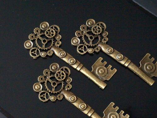 TSC43 3 Antique Bronze Skeleton Steampunk Cogs Gears Key Charm Pendant 71mm