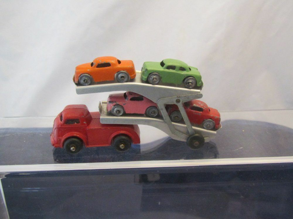VINTAGE BARCLAY AUTO TRANSPORTER WITH 4 CARS VERY GOOD CONDITION