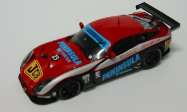 TVR Tuscan R. British Gt 2003 1:43 MODEL Sctr 05 SPARK MODEL