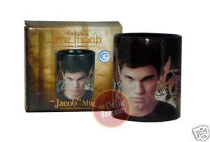 NEW-MOON-JACOB-MUG-Taylor-Lautner-NEW-IN-BOX-twilight