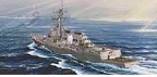 OVP Trumpeter 04526 USS Lassen DDG-82 Bausatz 1//350 neu