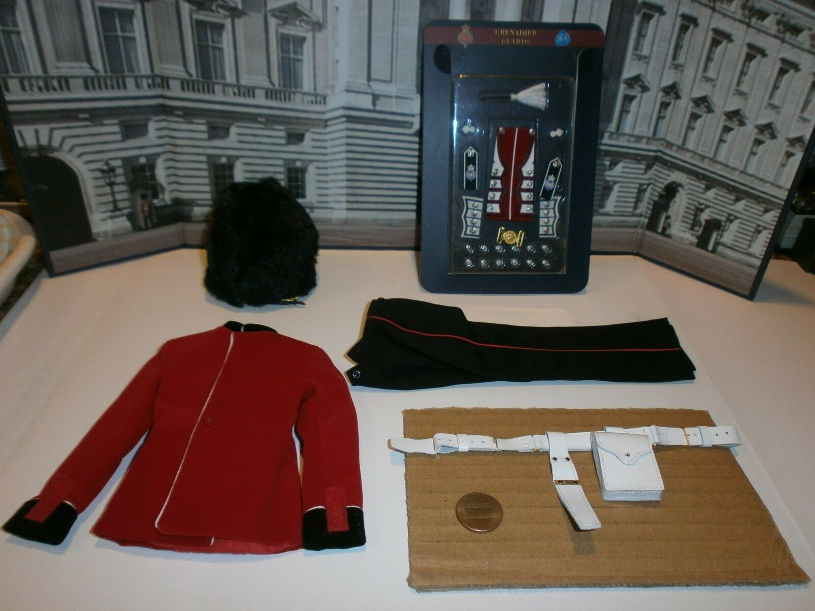 Did The Guards Grenadier Guards uniform set 1 6th scale toy accessory