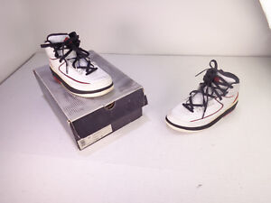 Nike-Air-Jordan-Retro-II-2-Chicago-2004-White-Blk-Red-GS-308325-161-OG-Size-6-Y