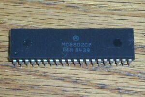 1pc MC6802CP IC DIP-40 MC6802 Motorola IC