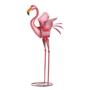 YARD-GARDEN-DECOR-READY-TO-FLY-FLAMINGO-36-034-PLANTER