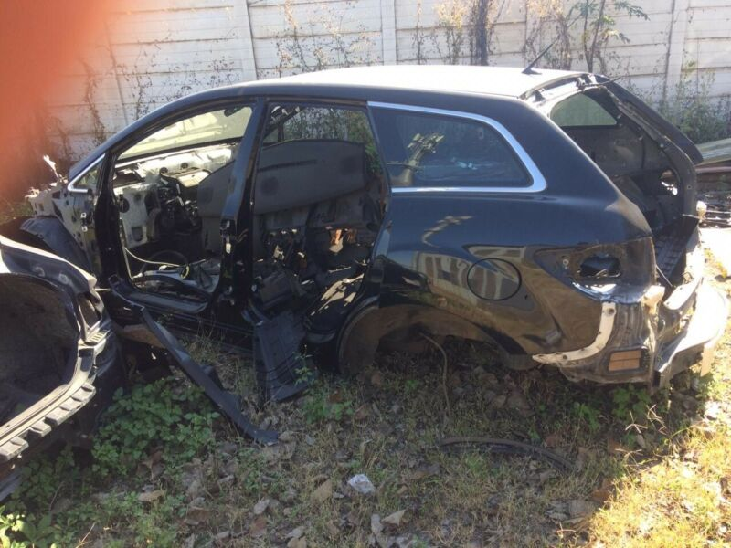 Mazda CX-7 shell and papers for sale