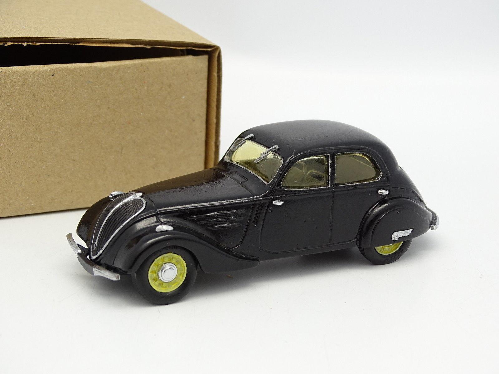IDEM Kit Monté 1 43 - Peugeot 402 B Légère blacke