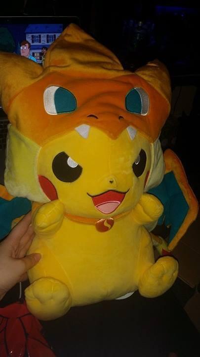 Japón Pokemon centro PIKACHU Charizard Nuevo Mega Tamaño