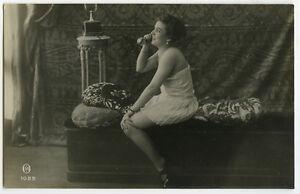 Nude Tibetan