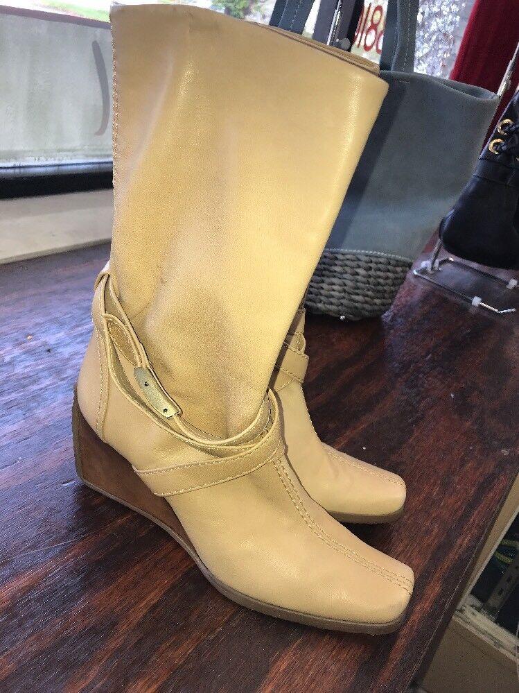 Stuart Weitzman Women's Lambskin Wedge Ankle Boots Sz 8
