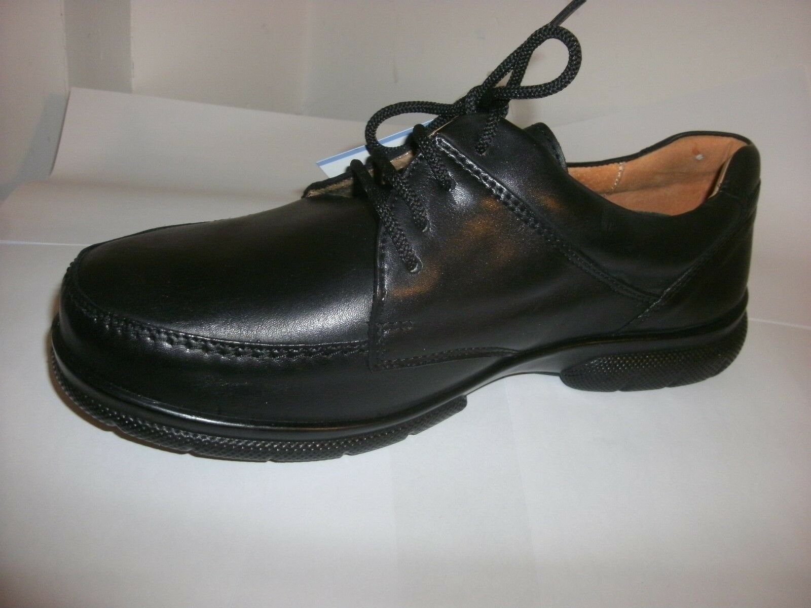 DB easyb Morgan Black Leather Laced Size 7(6v).
