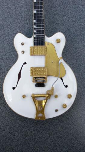 RGM165 Neil Young White Falcon Miniature Guitar